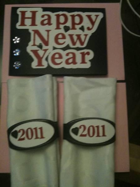 New Year 2011 Table Decs