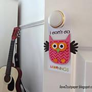 DSC06482_-_owl_-_ilove2cutpaper_-_pazzles_-_door_hanger.jpg