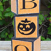 DSC06617_-_boo_-_candle_holders_-_Halloween_-_pazzles_-_ilove2cutpaper.jpg