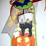 Josette_s_halloween_tag.jpg