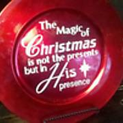 magic_of_Christmas_plate_2010.jpg
