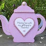 teapot_-_shaped_card_-_pinkalicious_-_mag.jpg