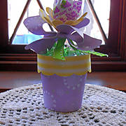 dixie_cup_flower_pot_2.jpg