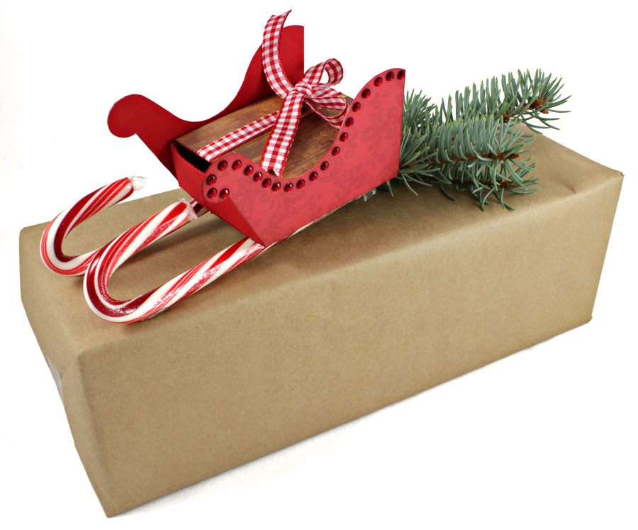 12 Days of Gift Wrapping, Day 11: Candy Cane Sleigh Card Holder