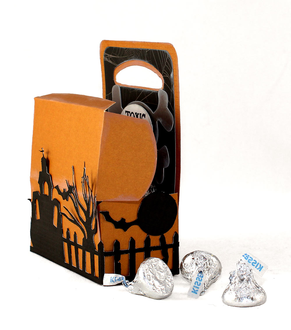 Halloween-Toxic-Treat-Box