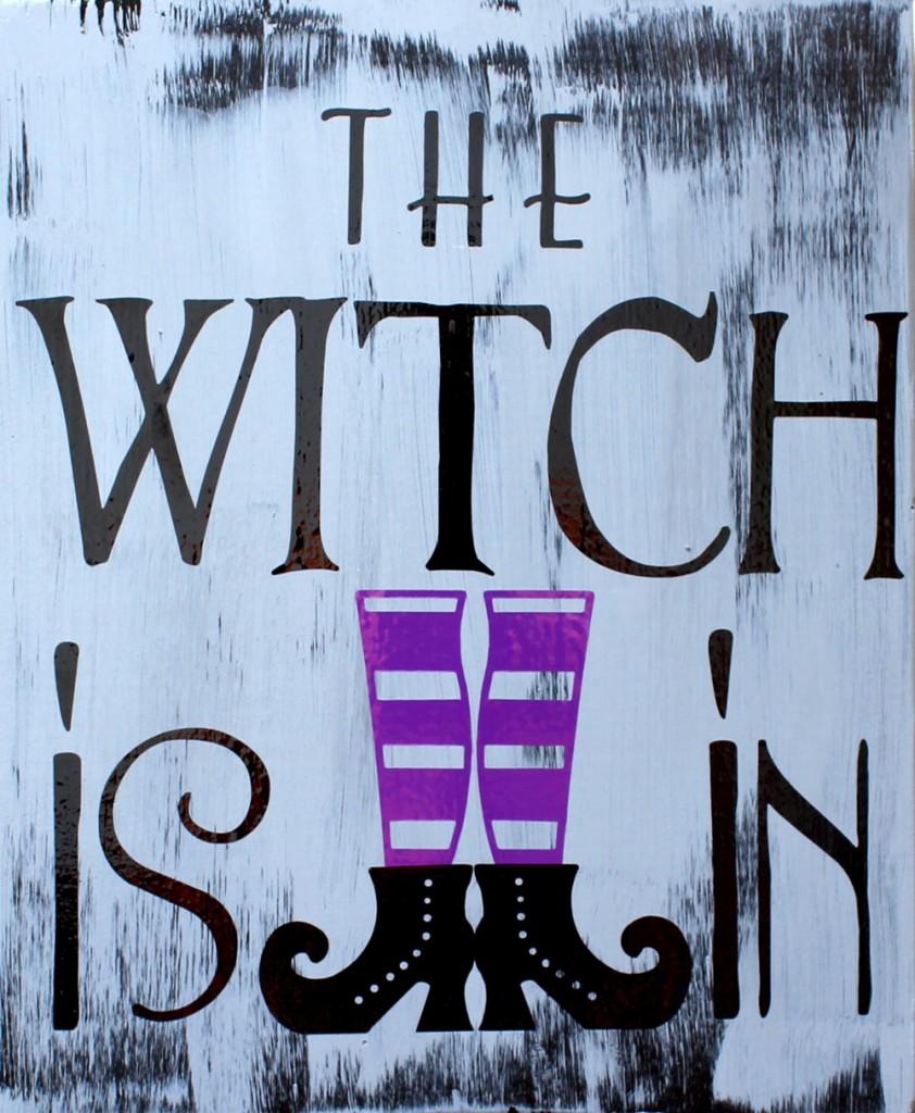 Spring Home Decor: Halloween Vinyl Wall Signs