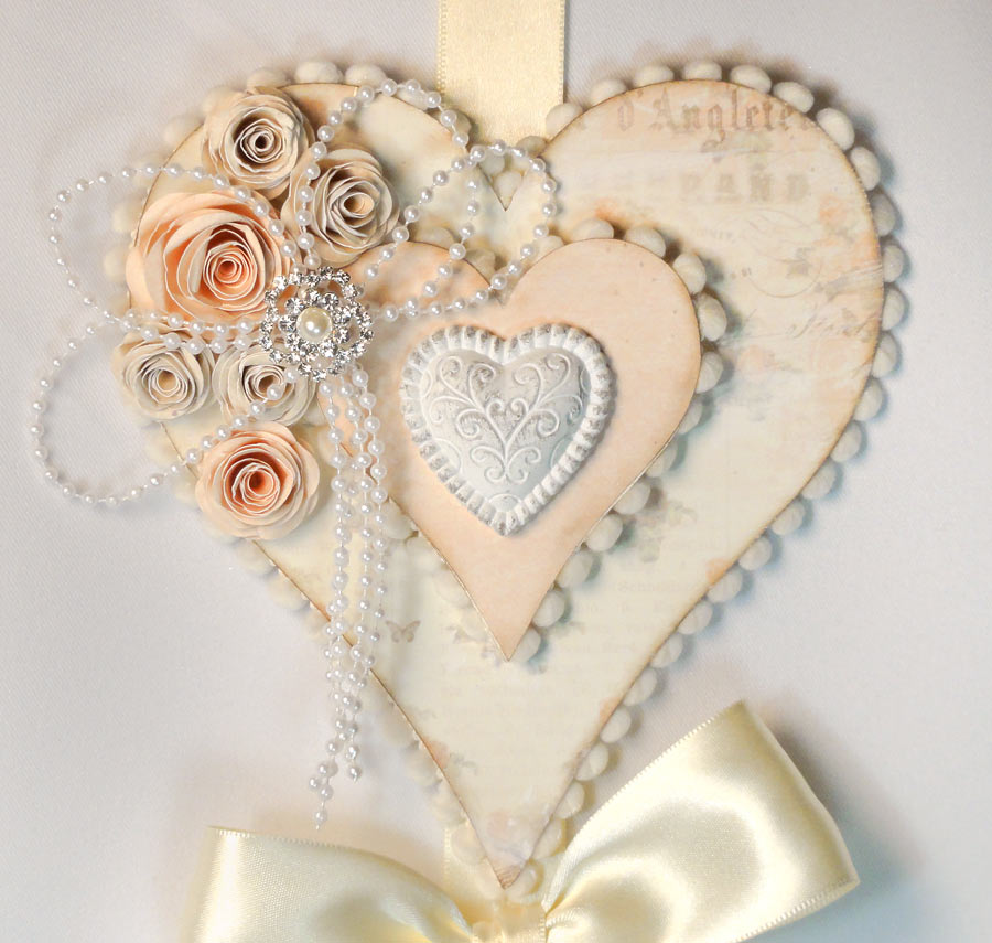 Hanging hearts wall decor pazzles craft room for Heart decoration ideas
