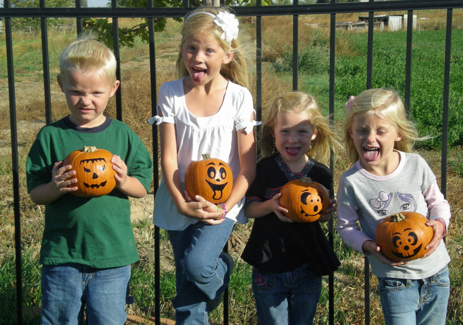 Kids with Finished No-Mess Pumpkins