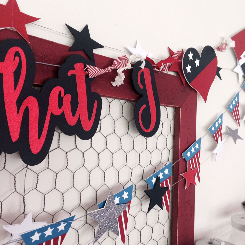Build Your Own Patriotic Banner from Pazzles