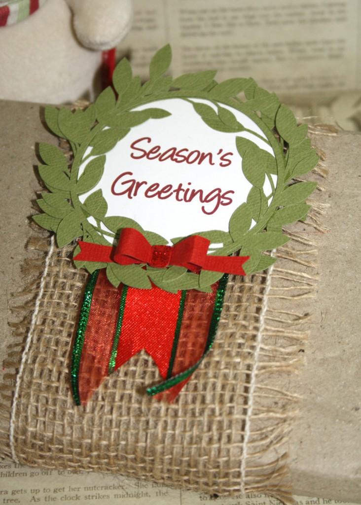 Print & Cut Christmas Wreath Gift Tag