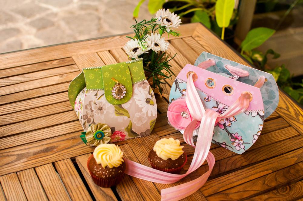 Cupcake Purse Holder