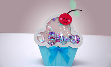 Cupcake Shaker Card