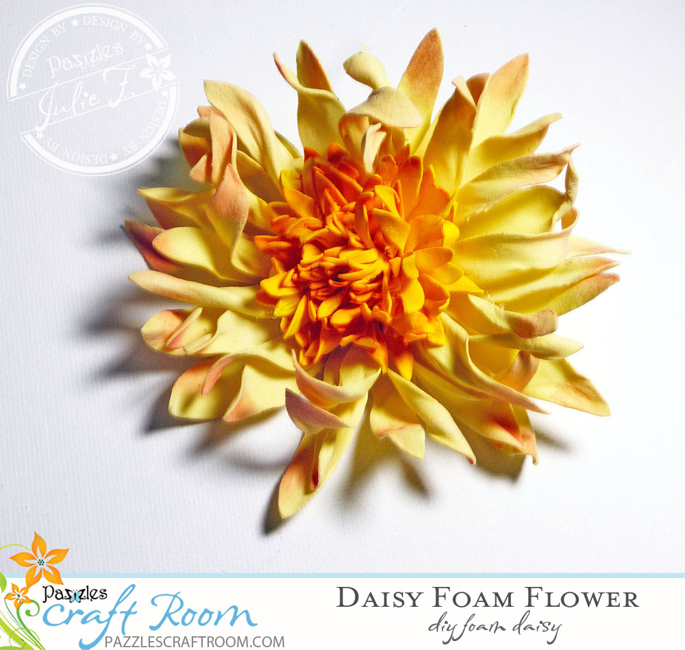 Pazzles Expanding Envelope with Daisy Foam Flower By Julie Flanagan