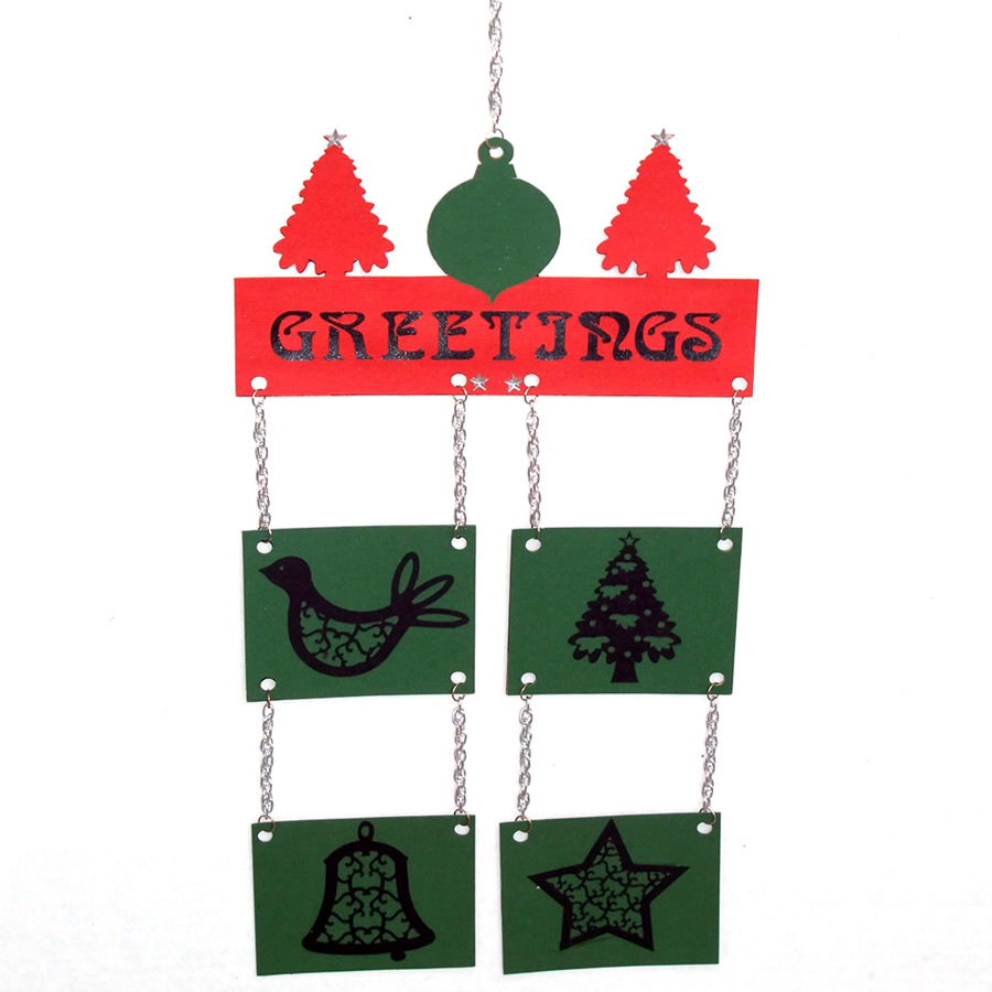 A lightweight and sturdy holiday greeting perfect for your front door!