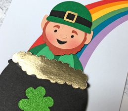 Pazzles DIY Peek A Boo Leprechaun Card with instant SVG download. Instant SVG download compatible with all major electronic cutters including Pazzles Inspiration, Cricut, and Silhouette Cameo. Design by Alma Cervantes.