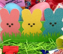 Pazzles DIY Peeps Easter Basket with instant SVG download. Compatible with all major electronic cutters including Pazzles Inspiration, Cricut, and Silhouette Cameo. Design by Alma Cervantes.