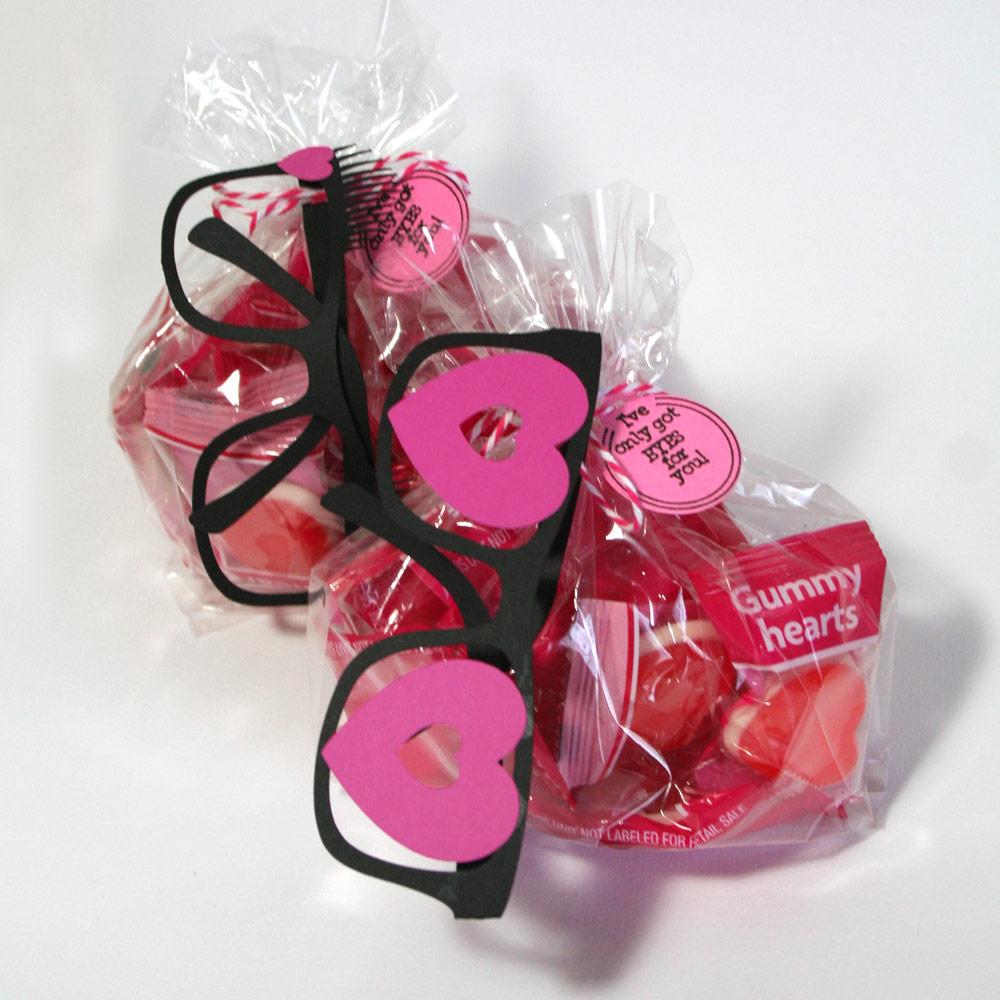 valentine glasses classroom idea